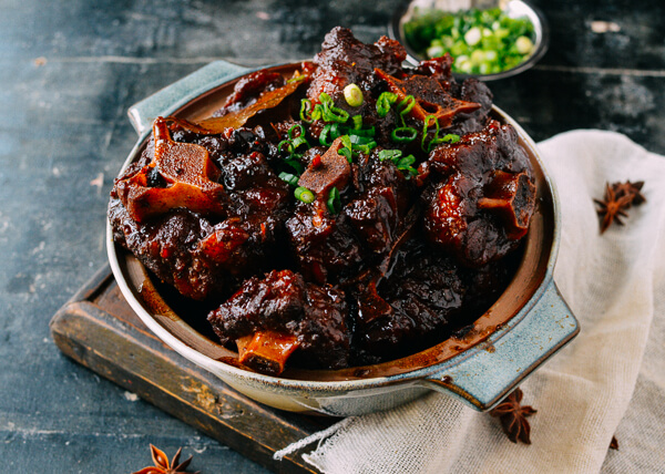 chinese braised oxtail