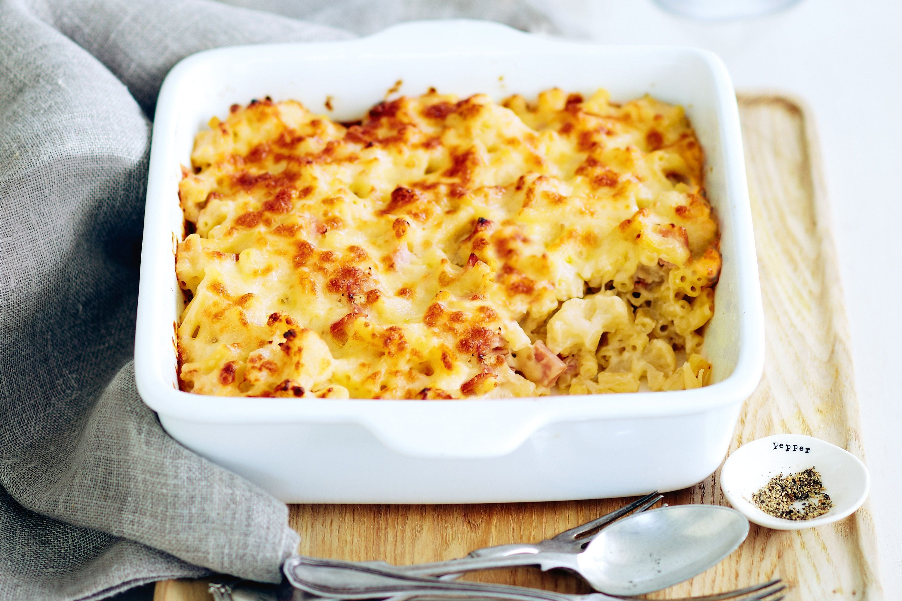 cauliflower macaroni and cheese, recipe, gordon ramsay, chef, video, food