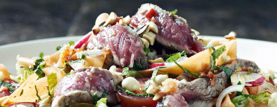 gordon ramsay, spicey beef salad, chef, recipe, healthy